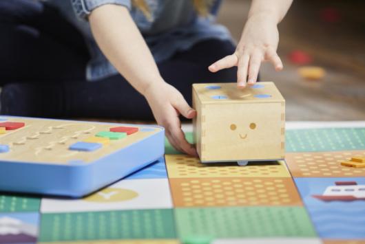 Imagen del robot Cubetto para Simo 2018
