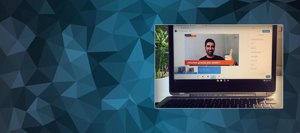 ordenador con imagen de un webinar vicens vives